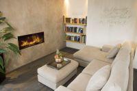 Wellnessbereich_Couch_Kamin