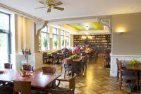 Cafe_Seitlich